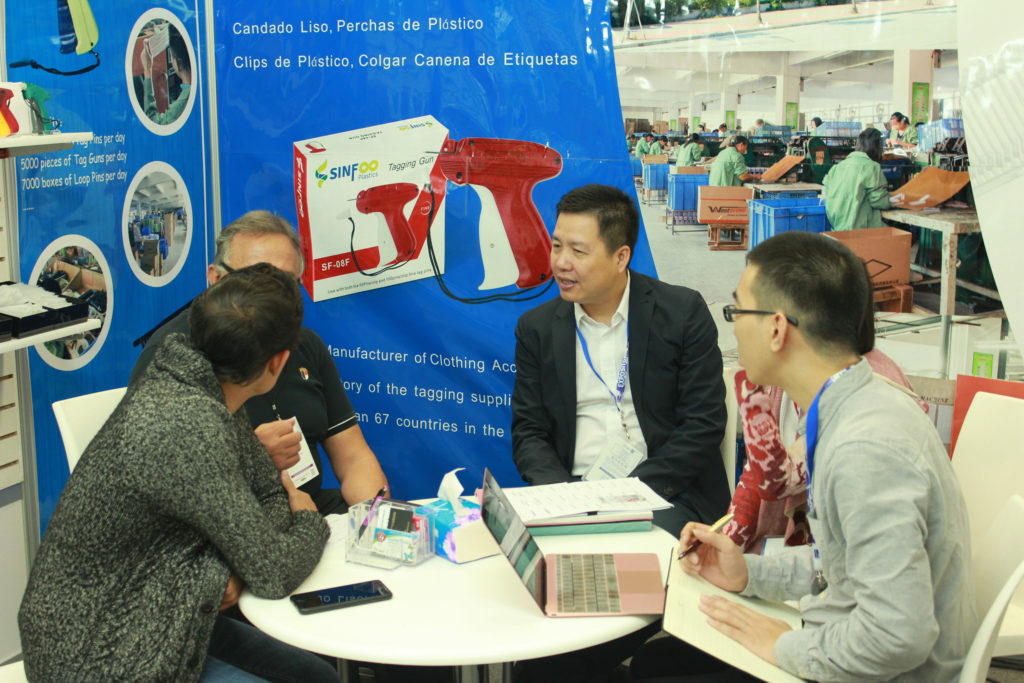 Jass Li Meeting with Customers - Mexico Trading Show 2017